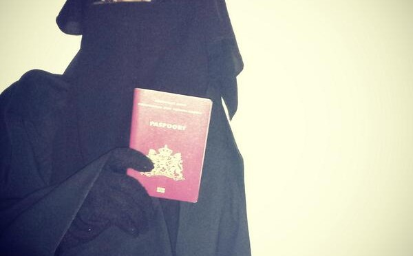 In verzet tegen verbod op gezichtsbedekkende kleding – #Tegenniqabverbod
